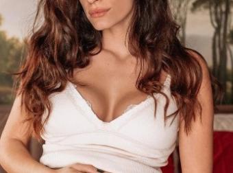 Χριστινίνα Μπόμπα : Εσπευσμένα στο νοσοκομείο. Στο πλευρό της ο Σάκης Τανιμανίδης.